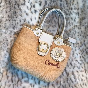 Coach authentic flower Tote